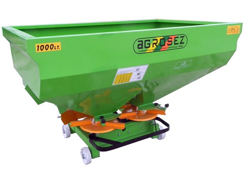 Fertilizator-Masina de fertilizat 1000 l