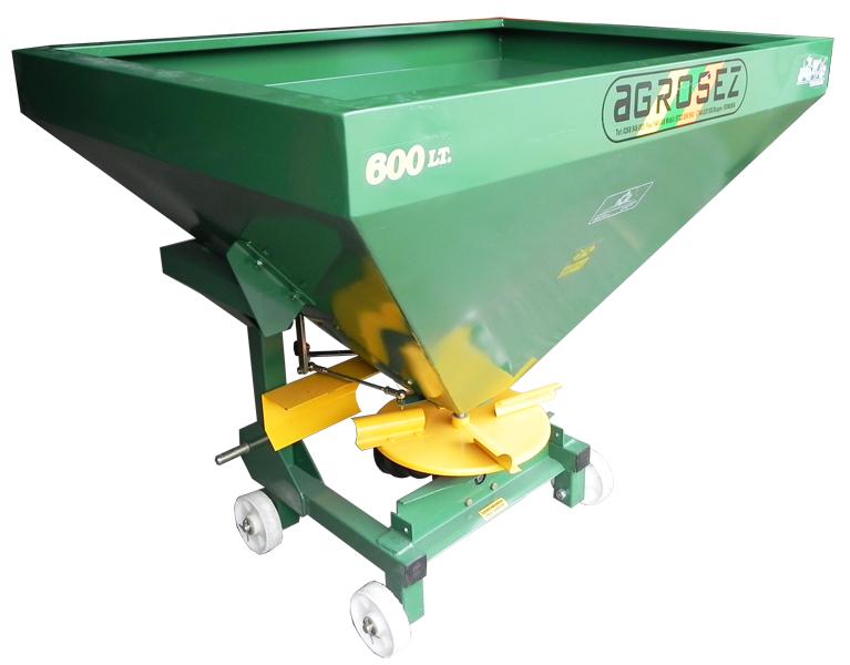 Fertilizator-Masina de fertilizat 600 l