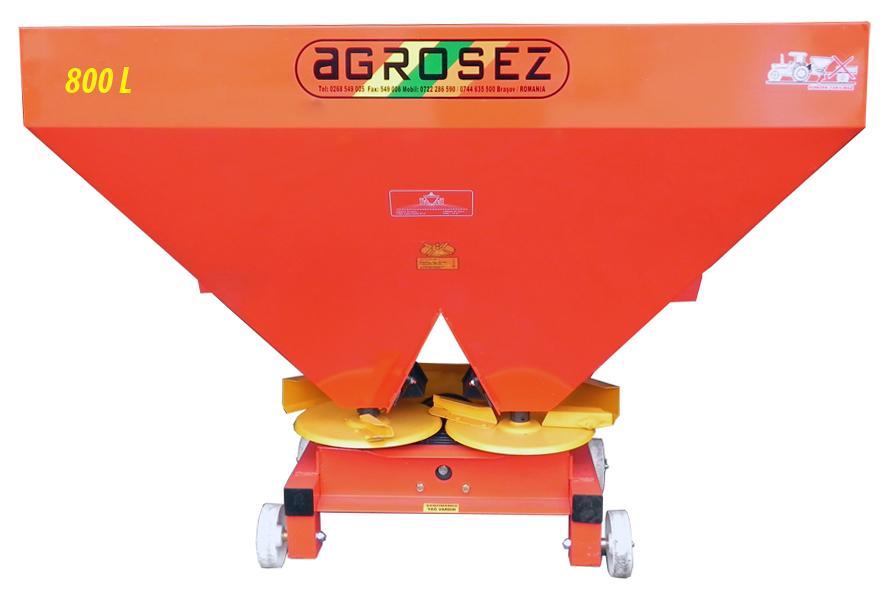 Fertilizator-Masina de fertilizat 800 l